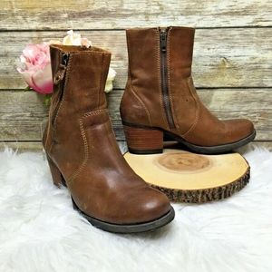 Born Elissa Brown Leather Ankle Boots